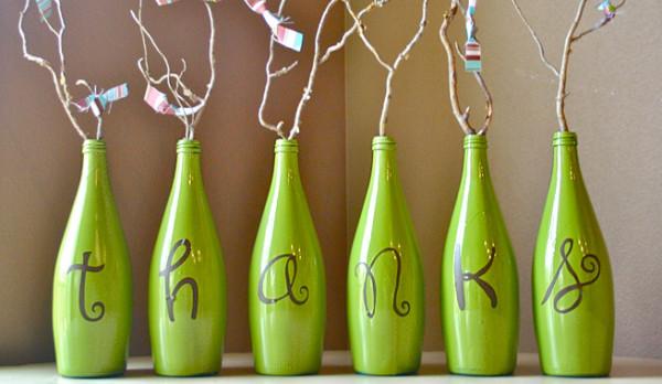 Cómo decorar unas botellas de cristal