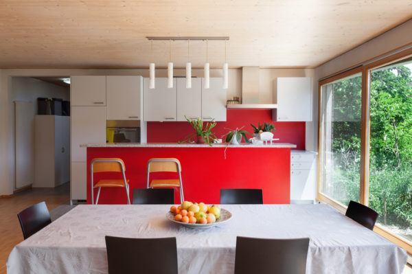 Cocinas rojas conventanal
