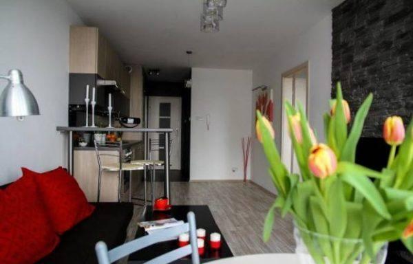 como-decorar-cocinas-con-barra-cocina-pequena-abierta1-accesiblesreformas