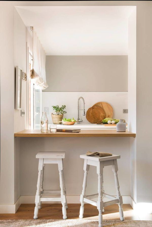 como-decorar-cocinas-con-barra-cocina-pequena-abierta3-elmueble
