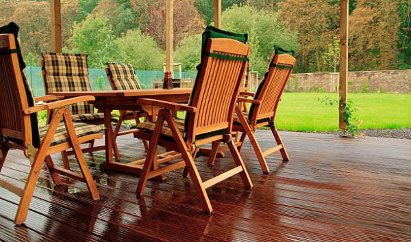 Como proteger el mobiliario terraza de la lluvia