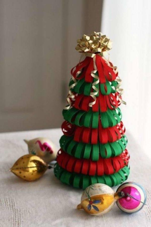 Manualidades faciles navidad arbol cartulina