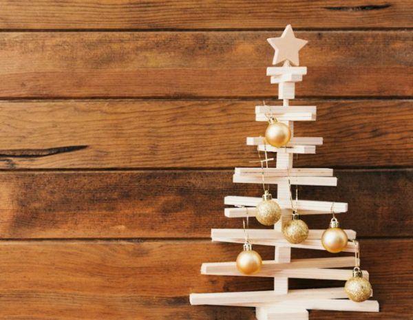 Manualidades faciles navidad arbol madera