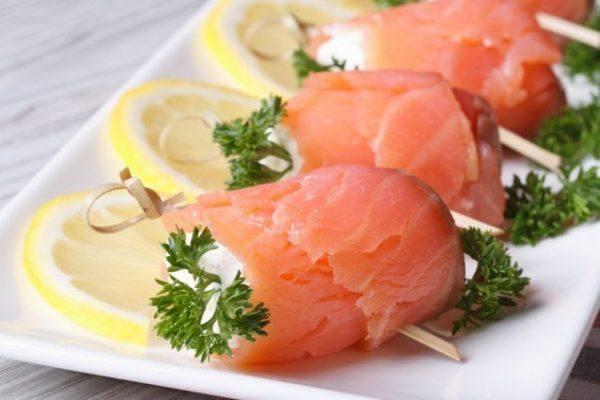 Recetas navidad faciles entradas rollos salmon