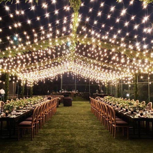 Toldo iluminado jardín