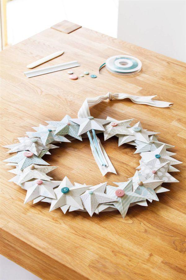 Como hacer coronas de navidad a mano corona papel regalo