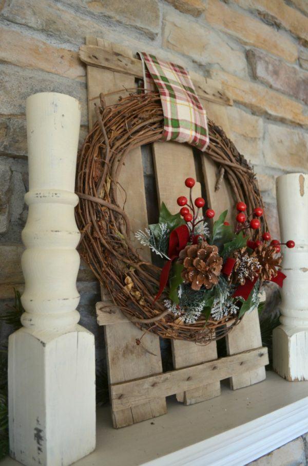 Como hacer coronas de navidad a mano ramitas