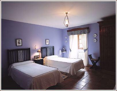 interior-habitacion_azul.jpg