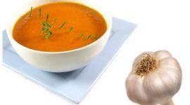 Crema de tomate a la albahaca, fria o caliente
