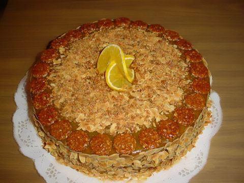 torta-de-naranja-con-pralin__.jpg