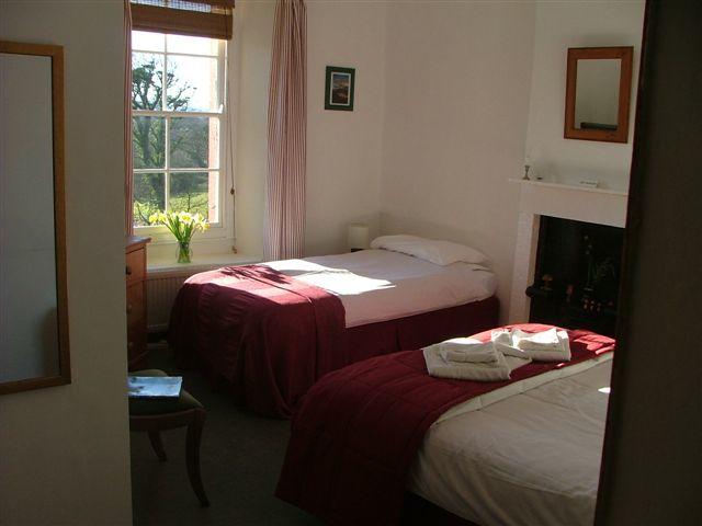 guest-rooms-mar-06-003