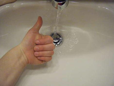 How-to-unclog-sink-pipes