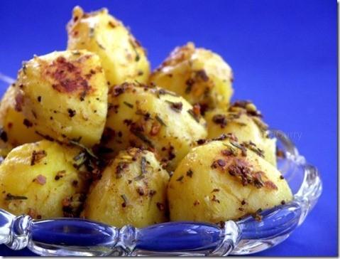 glazed-potatoes-with-herbs-2-500x380