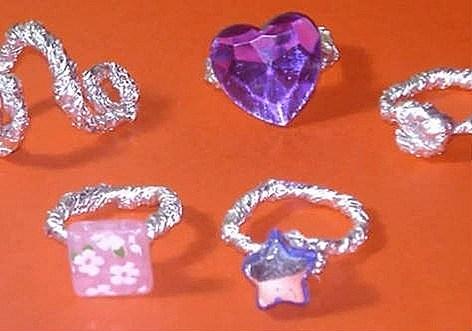 Manualidades reciclaje, anillos papel aluminio