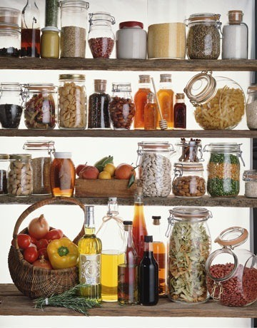 glass-jars-pantry1.jpg