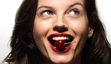 woman-cherry-mouth-492x285