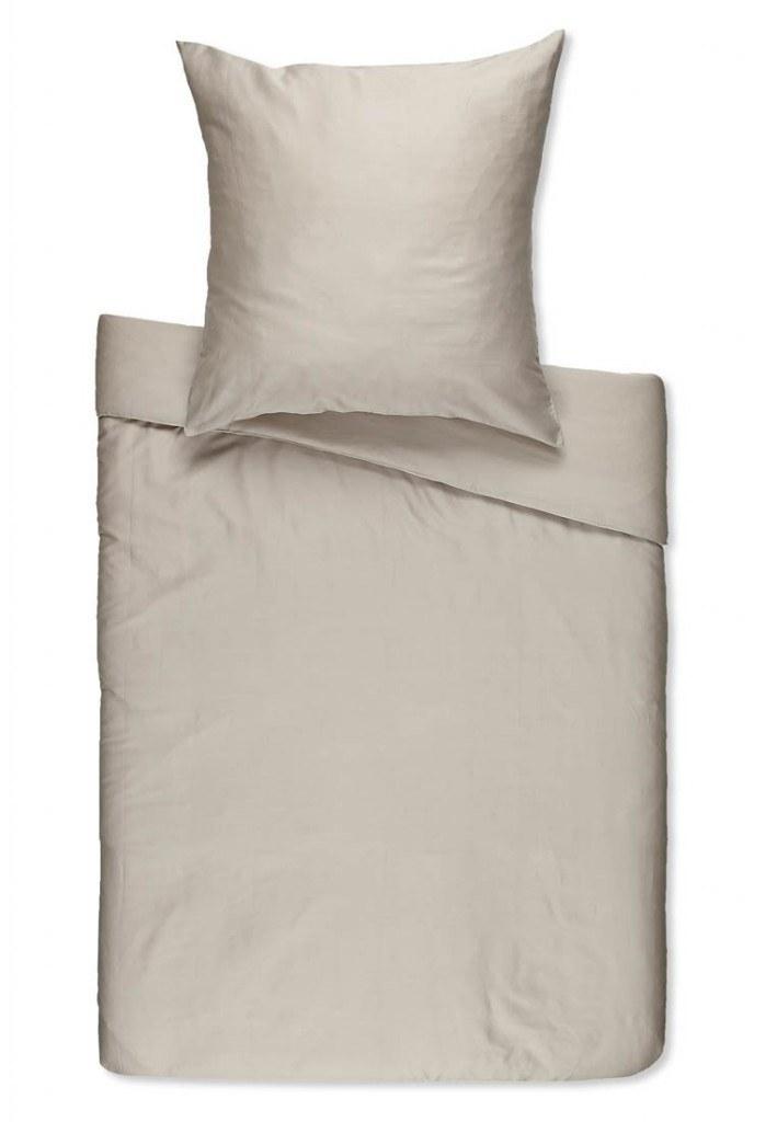 ropa de cama gris plata