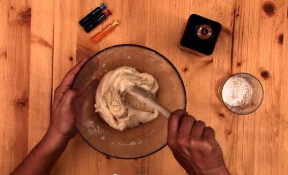 Cómo hacer plastilina casera