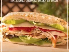Sandwich de pan focaccia con Burgo de Arias