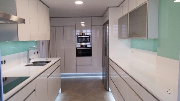cocinas-blancas-modernas-10