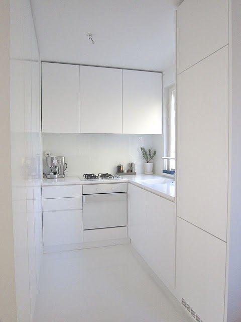 C mo decorar cocinas blancas y modernas 2019 for Cocina blanca electrodomesticos blancos