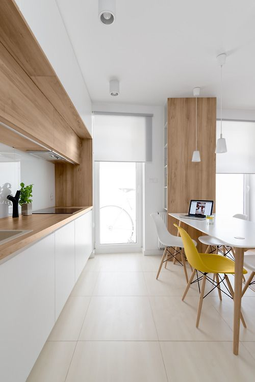 C mo decorar cocinas blancas y modernas 2018 for Cocina blanca y madera moderna