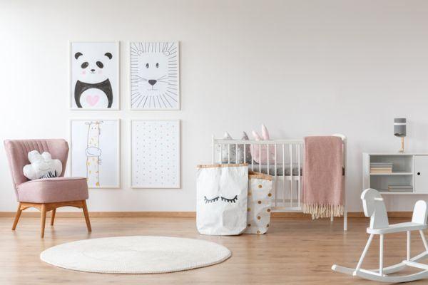 como-decorar-una-habitacion-de-bebe-comodo2-istock