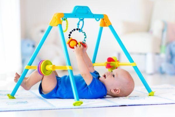 como-decorar-una-habitacion-de-bebe-gimnasio-istock