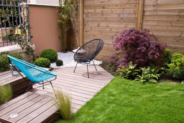 si quieres algo ms sofisticado para tu decoracin de jardines modernos pequeos echa un ojo a esta foto el apartado con suelo de madera tiene luz en el - Decoracion Jardines Pequeos