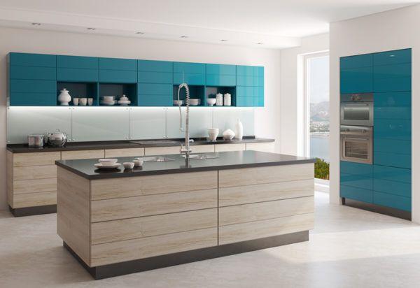 Cocinas azules con madera