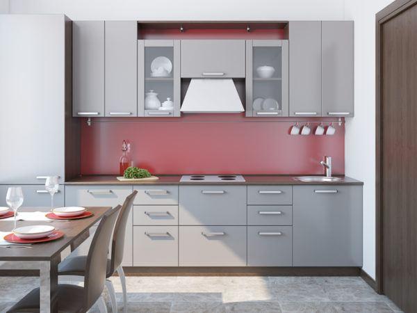 cocinas rojas y grises