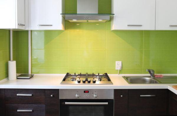 Cocinas verdes y madera