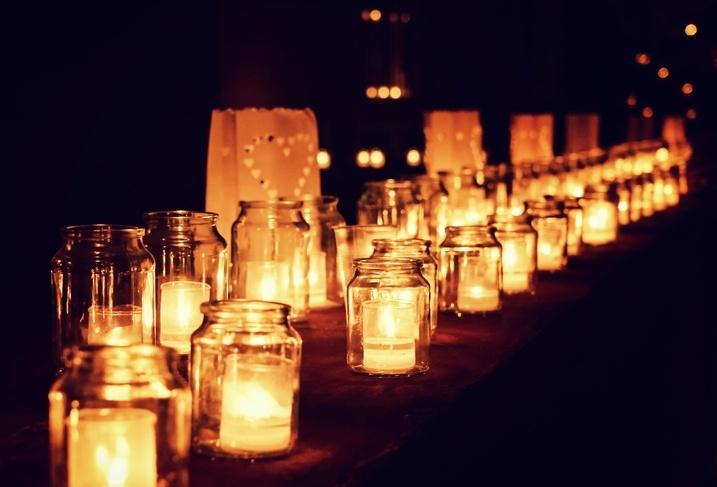 C mo decorar habitaciones rom nticas ideas y consejos - Como decorar con velas ...