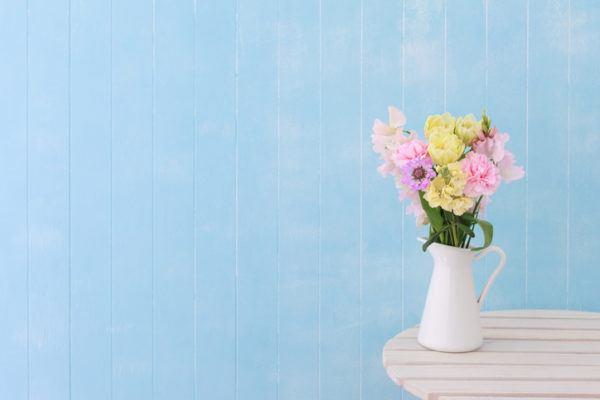 Jarrones con flores jarra