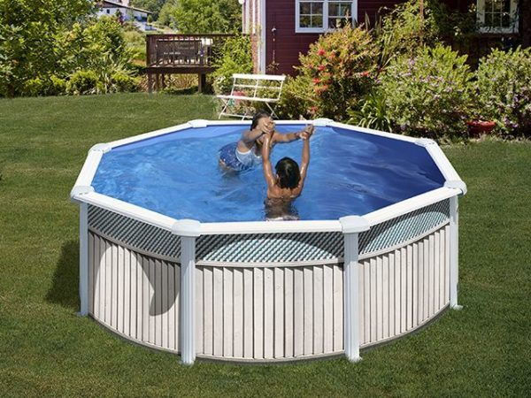 Modelo de piscina simple europa piscinas piscina polister for Piscinas gre carrefour