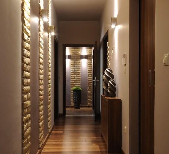 C mo decorar pasillos largos y estrechos ideas y consejos for Como decorar un pasillo estrecho